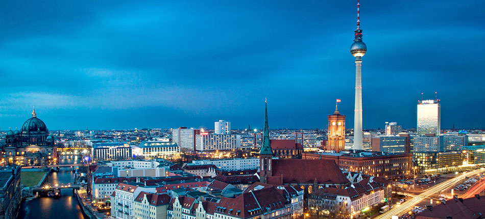 BUYING A FLAT IN BERLIN?<br>Your investment is safe with us!